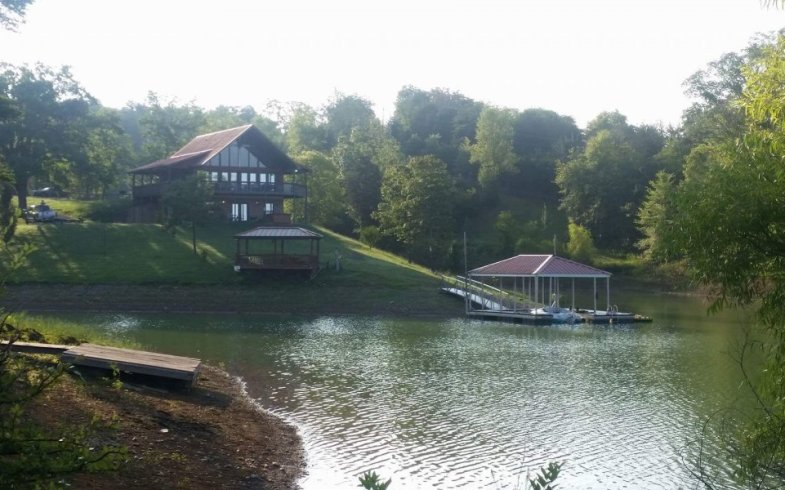 Douglas Lake Vacations – Cozy Cove