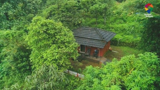 HolisticStay, a relaxing and comfortable property nestled quietly on mountains in Kerala, overlooking breathtaking views.