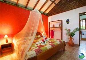 Suizo Loco Lodge Bedroom