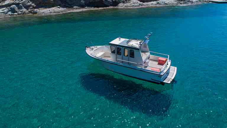 cyclades day trips