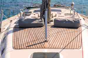 rent a sailboat with skipper greece