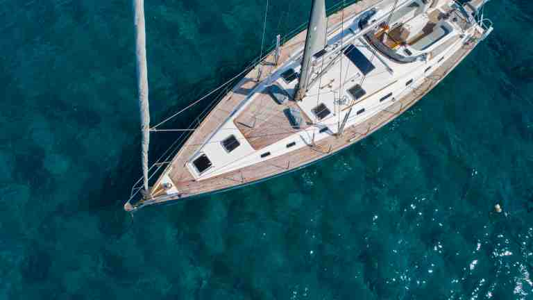 Perfect Sailing Yacht for Large Groups