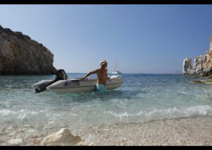 skippered boat rentals in greece