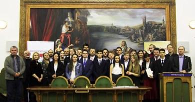 Váci döntővel zárult az idei Kölcsey Ferenc szónokverseny
