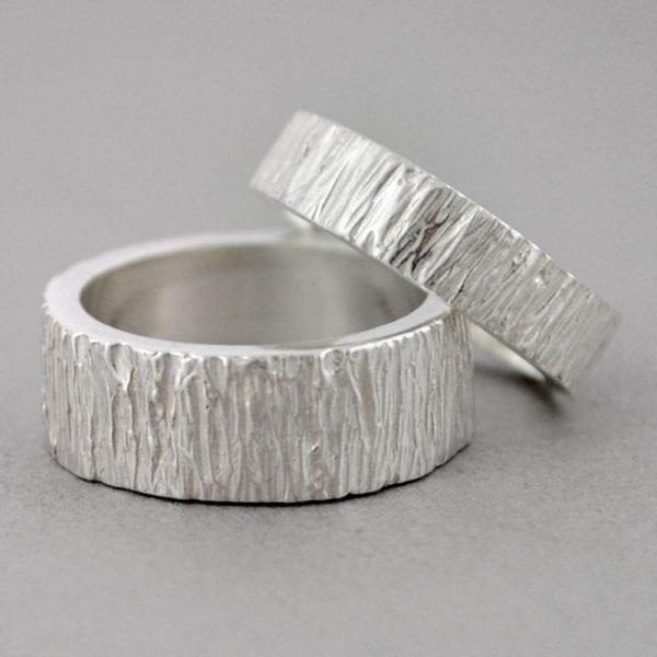 Alianzas de plata brillo Corteza de árbol