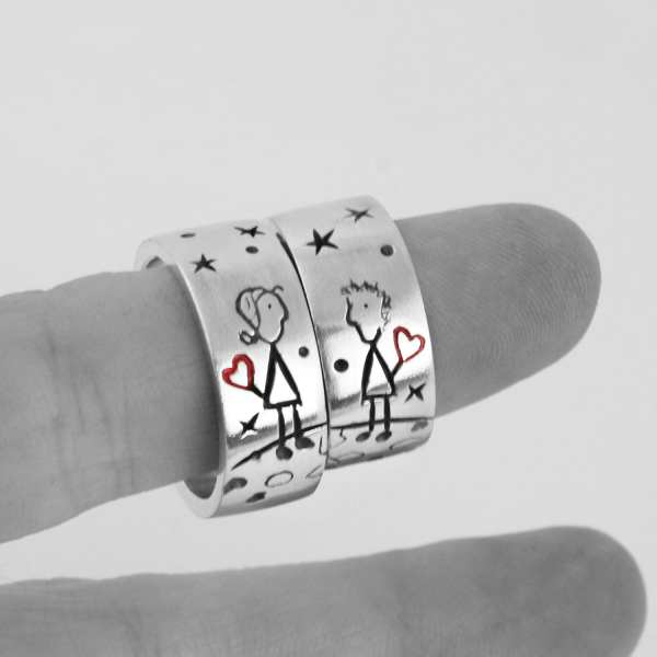 Silver Engagement Ring, Illustration Love