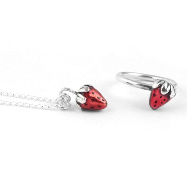 gargantilla de plata fresa roja