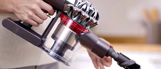 Best Vacuum Cleaners For Arthritis Sufferers FI