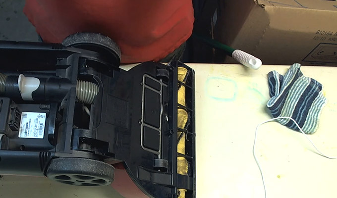 How to Take Apart a Bissell Vacuum FI