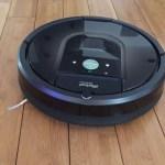 iRobot Roomba Vacuuming hardwood flloors