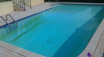 How to Clear Cloudy Pool Water