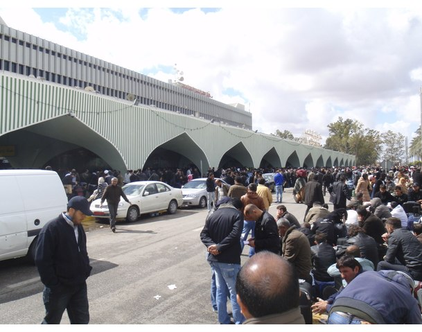 Chaos outside Tripoli Airport. Courtesy: Reuters