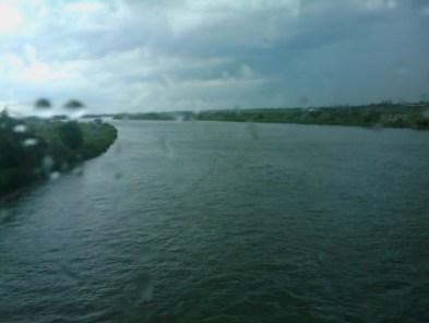 7. Перешли границу у реки