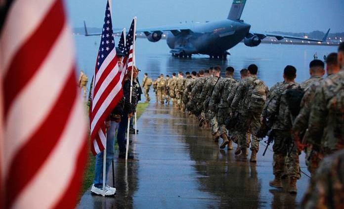 Reubicará EU sus tropas en Irak pero de momento no las retira