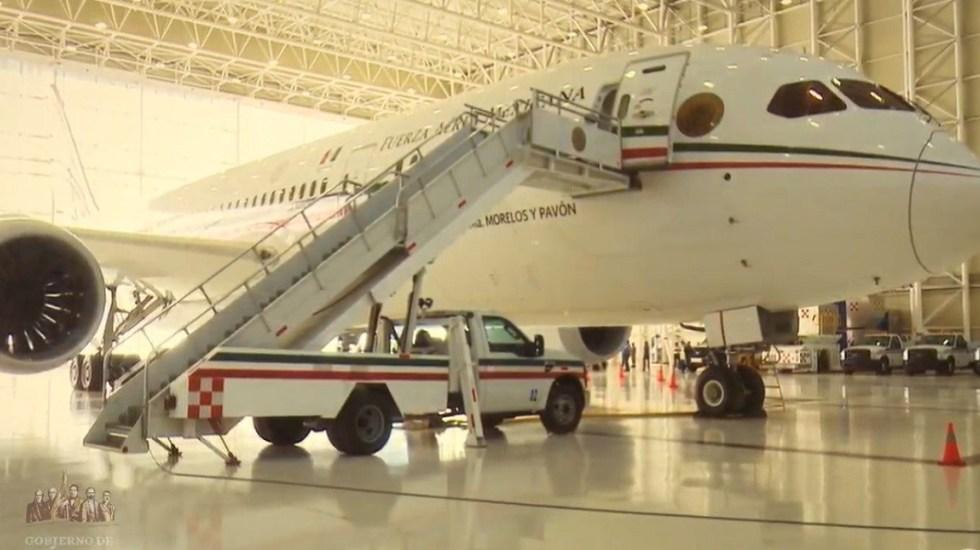 """AMLO rechaza que sea """"ocurrencia"""" propuesta de rifar avión presidencial"""