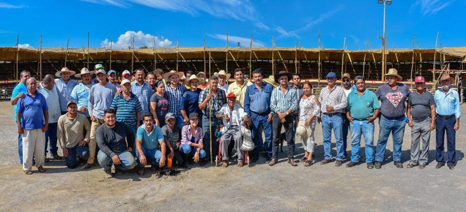 Agradecen a Tabladeros por la construcción y entrega de La Petatera