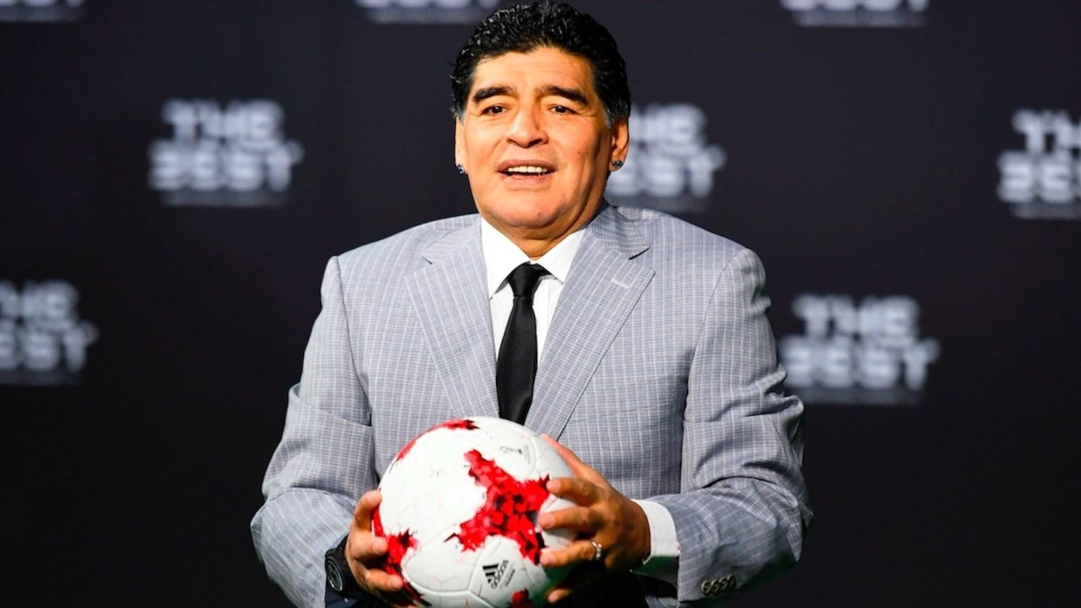 Médico personal falsificó firma de Maradona, arroja peritaje judicial