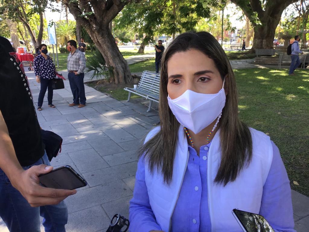Promete Margarita Moreno festivales en la capital y en comunidades rurales