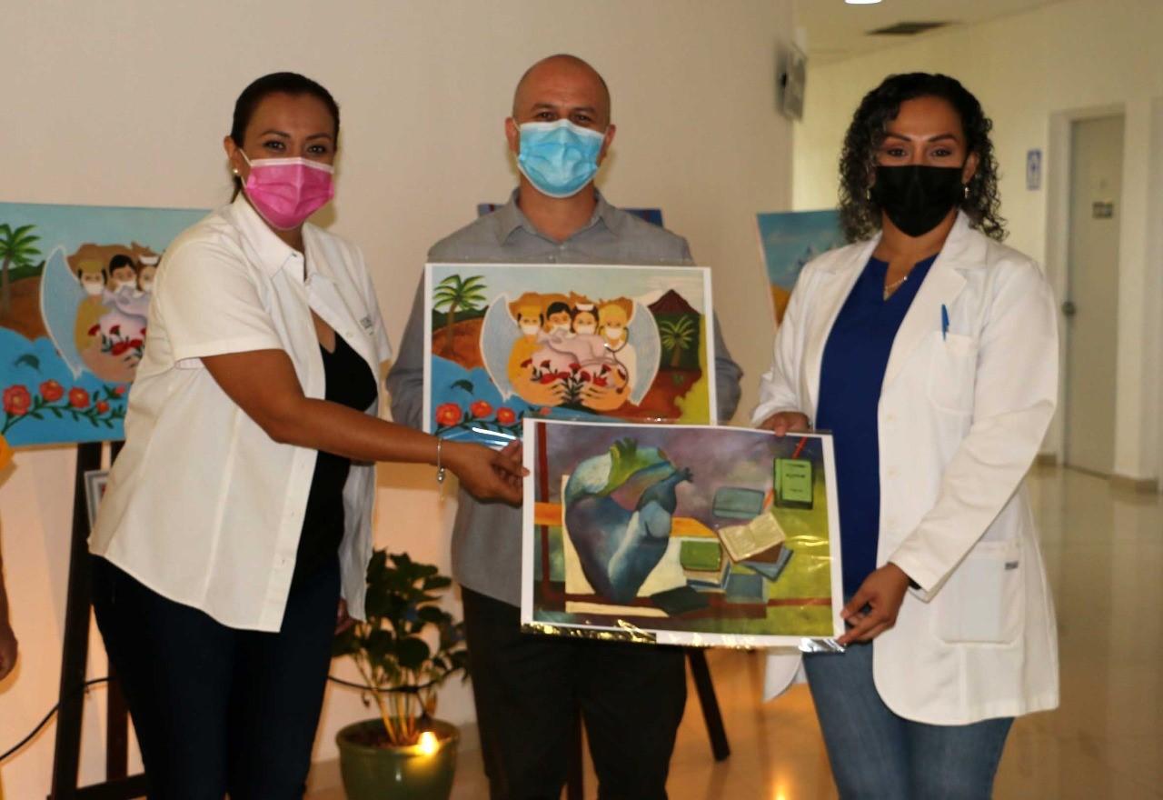 Monta DIF Estatal exposición itinerante en Cancerología