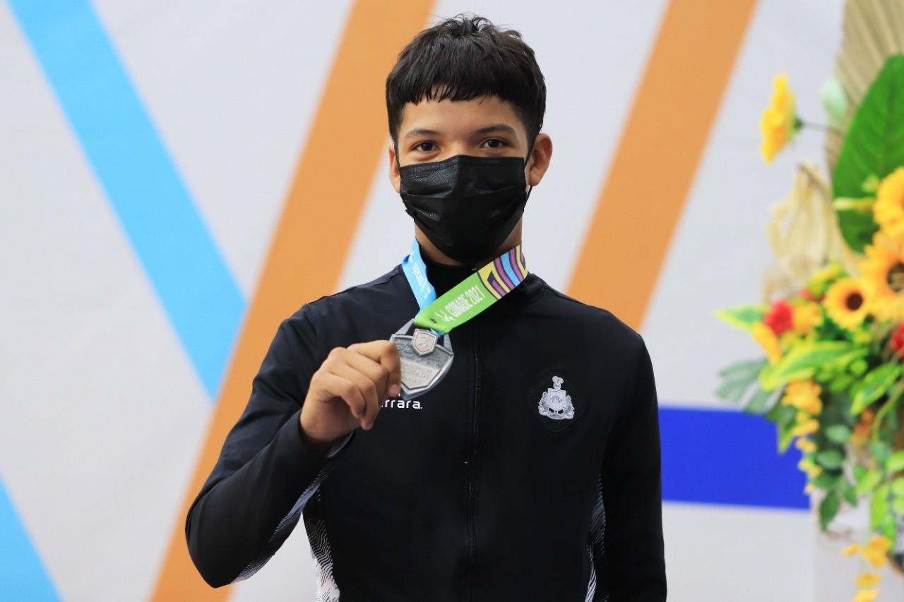 Colimense gana medalla de plata en taekwondo de Nacionales Conade