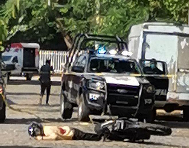 Asesinan a un motociclista en la Juan José Ríos, en Villa de Álvarez