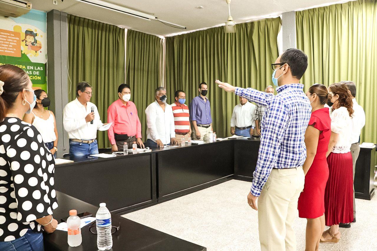 Cabildo aprueba nombramientos de nuevos funcionarios del Ayuntamiento de Tecomán