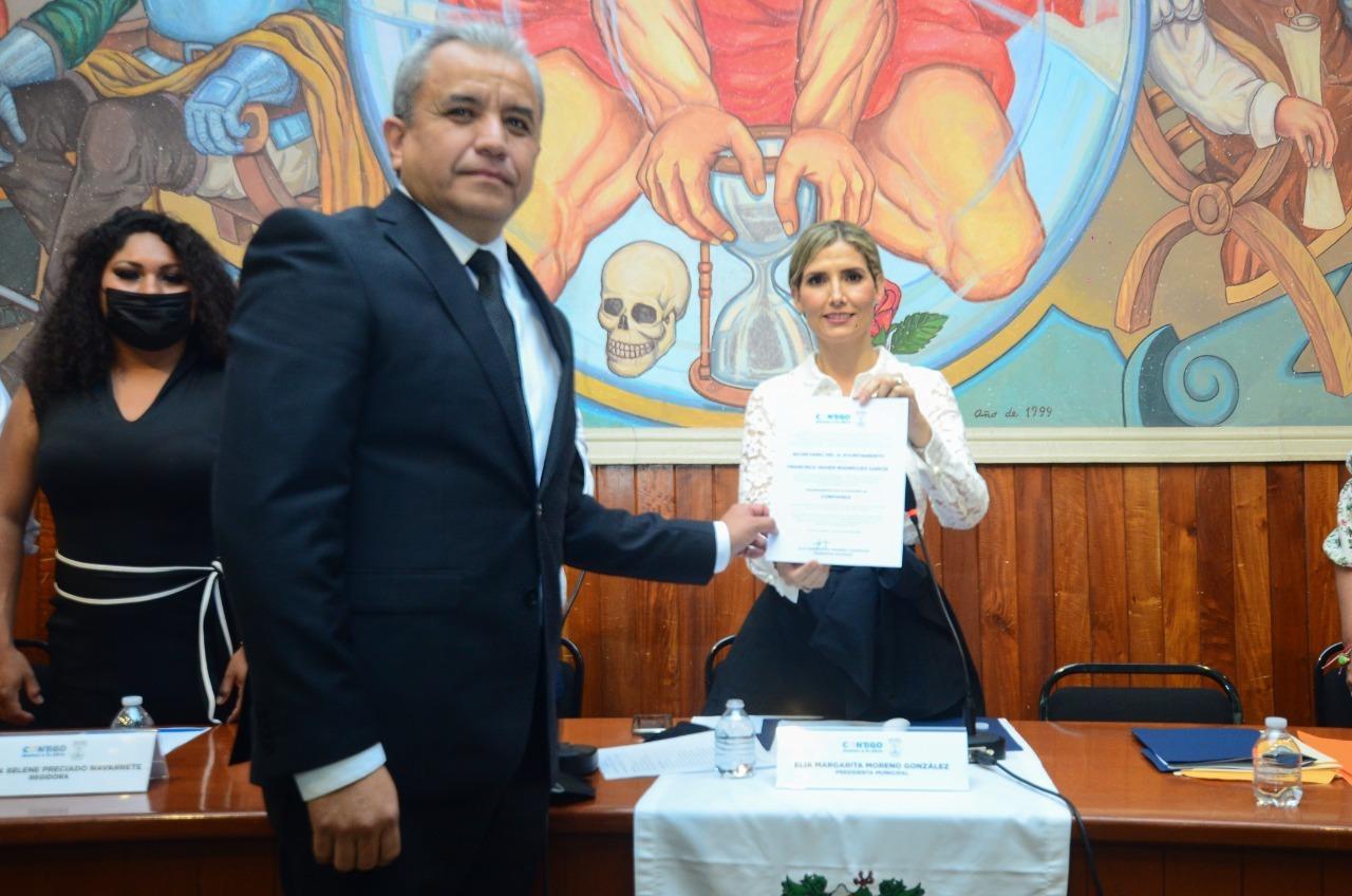 Nombra Cabildo a nuevos funcionarios del Ayuntamiento de Colima