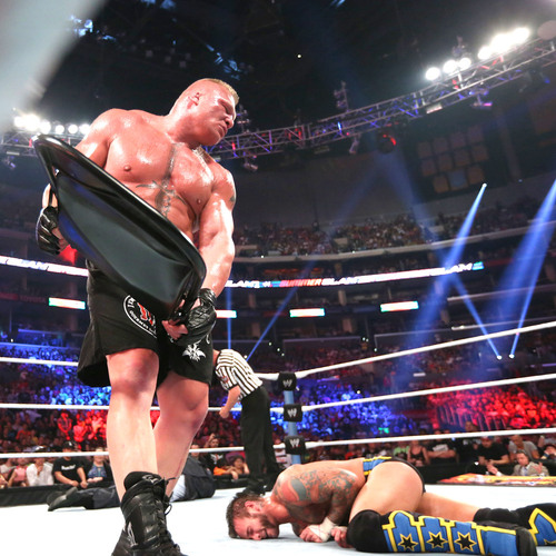 steel chair in wwe oversized beach chairs brock lesnar paul heyman signed used best vs the beast match at summerslam 2013 auction