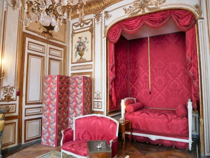 vagabondageautourdesoi.com HôteldelaMarine