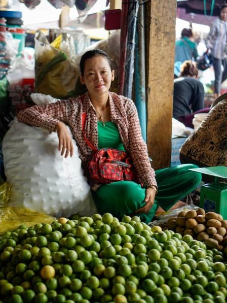 Vagabondays-Cambodian-Markets-26