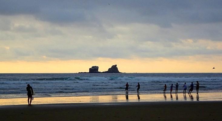 surf et yoga à Ayampe en Équateur