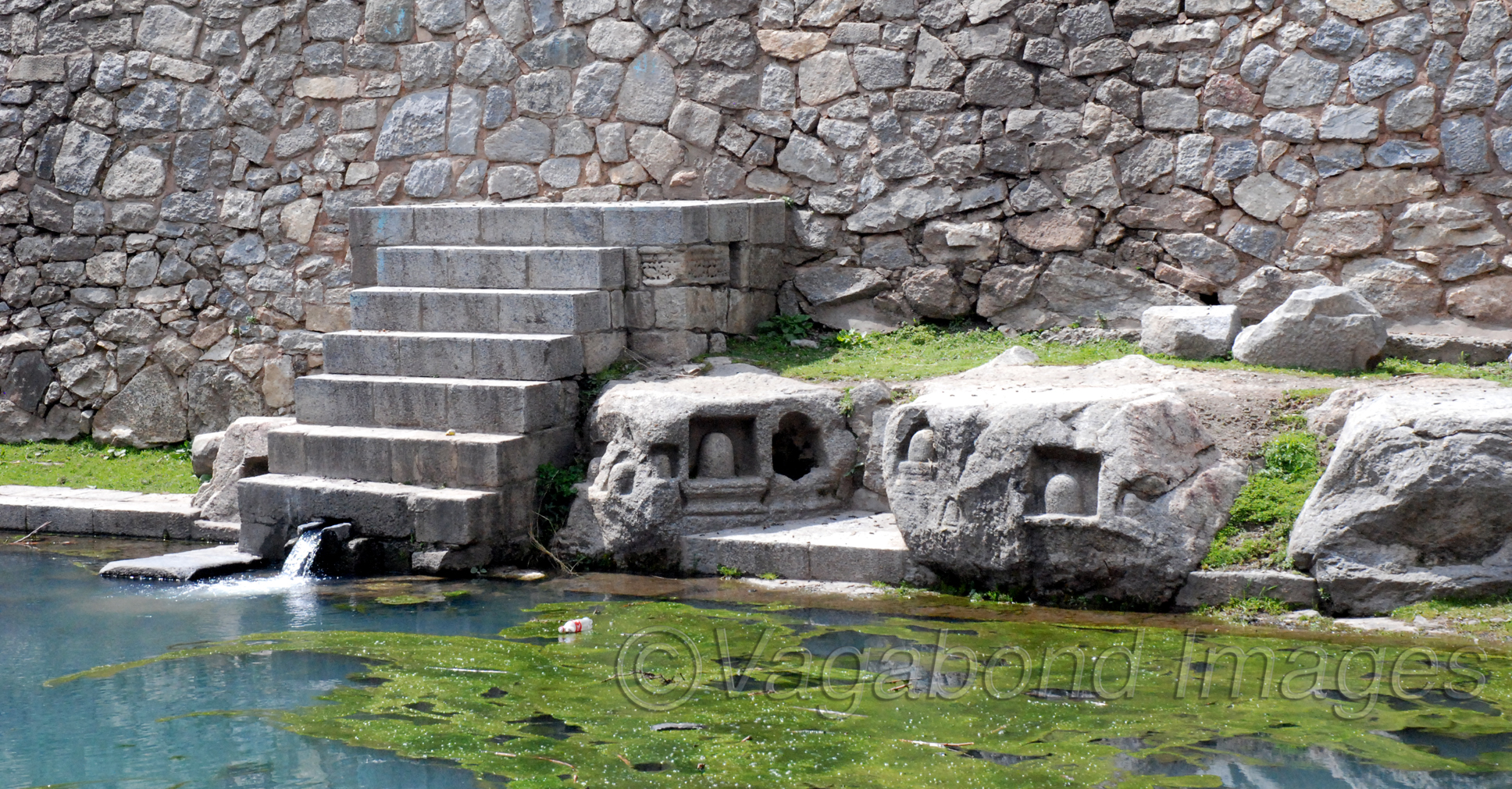 There is a small pond besides the temple clusters and it is believed to be as old as the temples