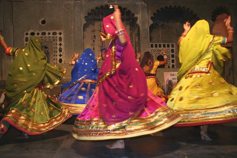 राजस्थान का मशहूर घूमर नृत्य