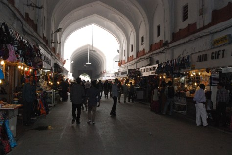Souvenir market at Red Fort