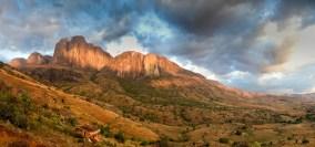 Madagascar-Tsaranoro and Karambony photo Fred Labreveux