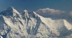 El Himalaya visto desde el vuelo de Paro (Bután) a Katmandú (Nepal)