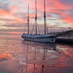 Atardecer en el puerto de Oslo
