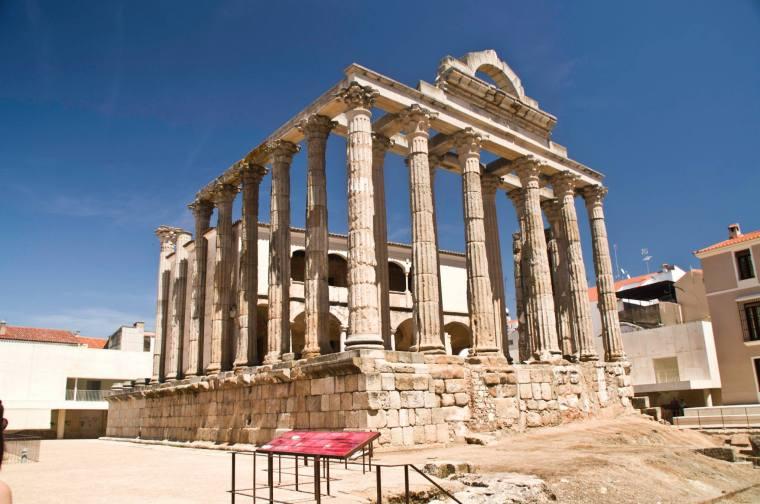 Templo de Diana, del siglo II, en Évora