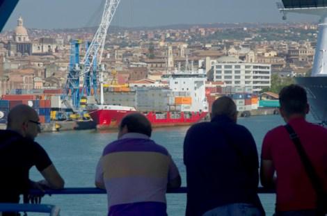 Llegada a Catania desde el Ferry