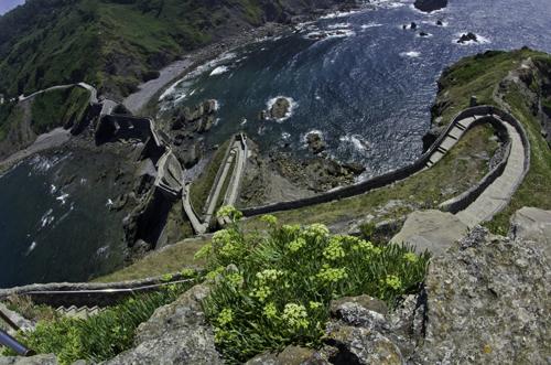 Los 241 peldaños de subida a la ermita de San Juan de Gaztelugatxe