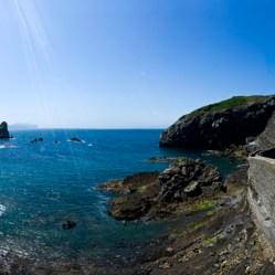 Panorámica de la ermita de San Juan y la costa en Gaztelugatxe