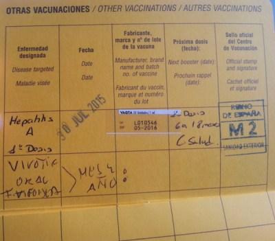 Nueva cartilla de vacunación que nos crearon a partir de las vacunas para el viaje a Madagascar