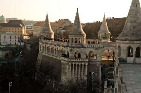El Bastión de los pescadores, en Buda, mirador privilegiado sobre el Danubio y Pest