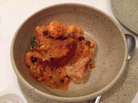 Rocoto con salsa de camarones: uno de los espectaculares platos que probamos en el restaurante Chicha, del aclamado chef Gastón Acurio