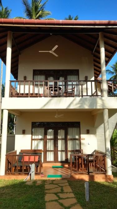 Hotel Lanka Beach Bungallows, en Tangalle, con acceso directo a la playa. Sri Lanka