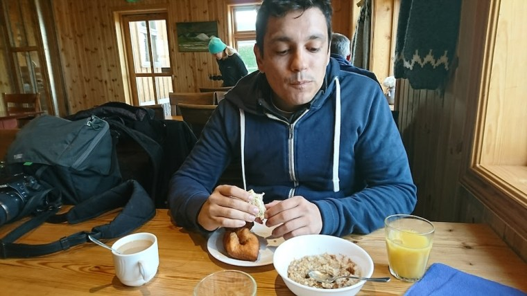 El desayuno ha sido nuestra comida fuerte cada día del viaje por Islandia