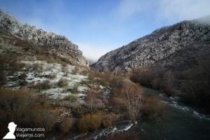 Las hoces de Vegacervera, camino a la cueva de Valporquero, León