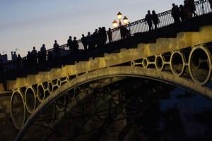 Puente de Triana al atardecer, Sevilla