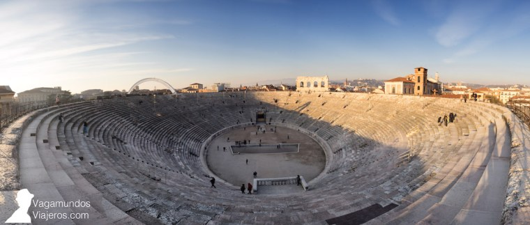 Interior de la Arena de Verona
