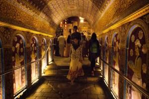 El Templo de Kandy guarda la reliquia del diente de Buda